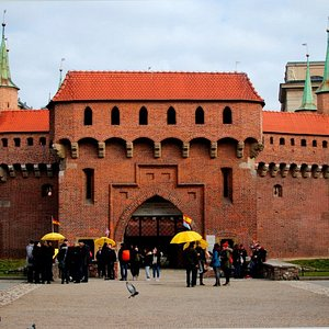 Hello! This is the Barbican - our meeting point for the Old Town Kraków tour!
