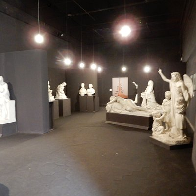 Sculptures with children