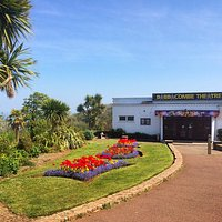 The Babbacombe Theatre on a beautiful day