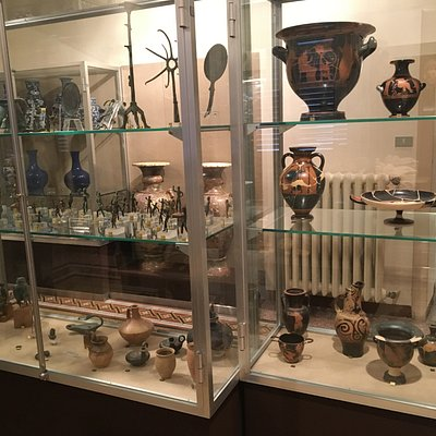 More vases and Etruscan items