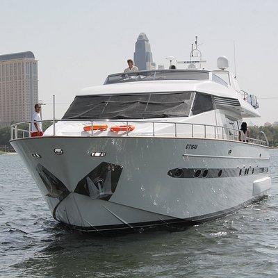 Luxury Italian Yacht - Sanlorenzo SL82