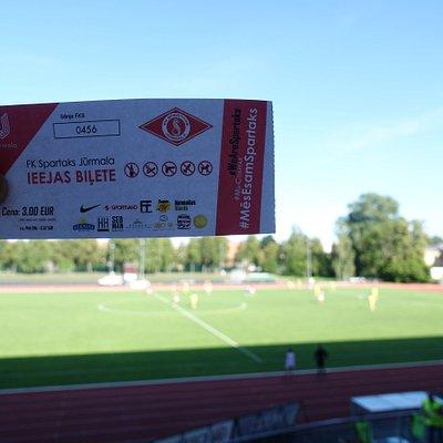 Билет на матч за 3 €