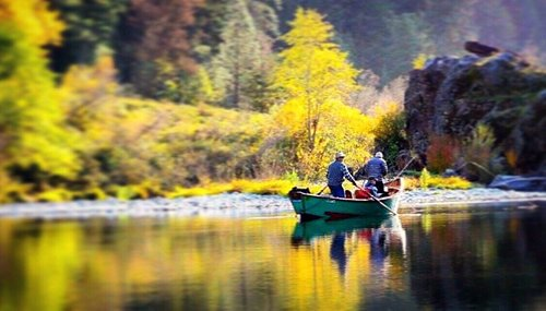 Rogue River steelhead fly fishing and lodging trip - 4 days & 3 nights