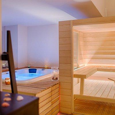 Sauna e vasca idromassaggio