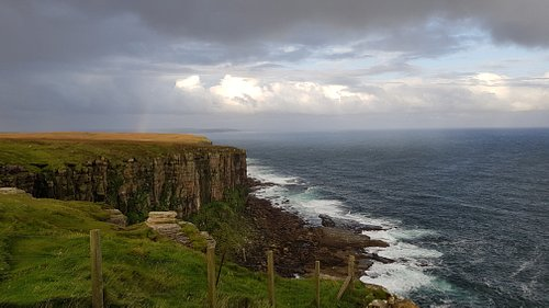 15 Min drive to Dunnet Head