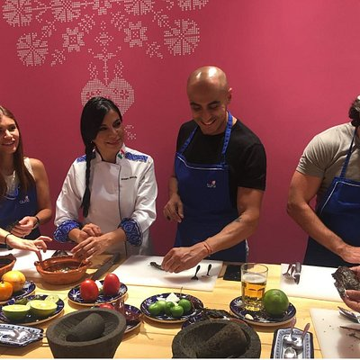 Experience an authentic Mexican cooking class