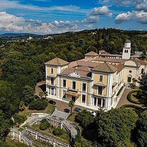 Villa San Fermo, il tuo prossimo evento ti aspetta qui.