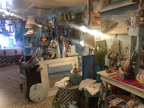If you like eclectic, one of a kind items at a reasonable price then this is the place