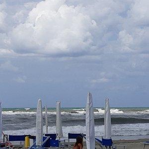 Dopo due giornate di sole la domenica avevamo il mare mosso, ma stupendo!