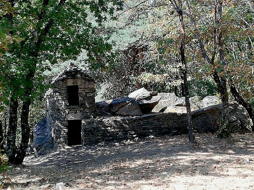 Ruines où devait vivre les ouvriers de la carrière