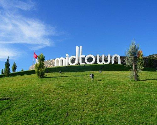 iMidtown Alışveriş Merkezi www.midtown.com.tr 📞+90 (252) 307 00 00 Midtown Ortak Noktadır, Ortak Zevktir, Hayatın ta Kendisidir, Sendir, Bendir, Bizdir...