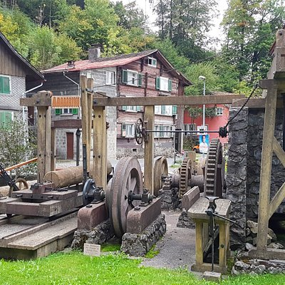 Alte Mühlen gibt es viele, Museen dazu auch. Trotzdem ist das Museum Stoffels Säge-Mühle weltweit einzigartig: Über 2.000 Jahre Mühlentechnik und die Geschichte zu einem unserer Hauptnahrungsmittel, dem Brot, sind hier erlebnisreich dargestellt.