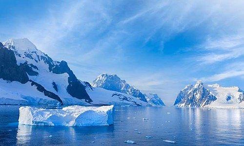 منظر من المحيط المتجمد الجنوبي