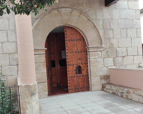 Entrada a la ermita.