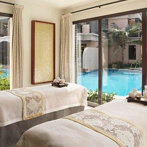 Lagoon view couples treatment room