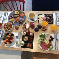 Le dimanche c'est brunch au koeben. Buffet scandinave à volonté!