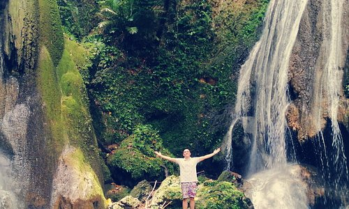 This was one of the best spot in Bicol! Located in Bula, Camarines Sur.   Just simply search for Nalalata Falls!  This would be one oc our many travels! 😍🏞️🚌  From Naga City you can ride a jeepney going to Bula Terminal from there you have to rent a Habal Habal (P50/head).  Enjoy! ☺️😇
