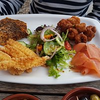 The mixed sea food platter. Exceptional value!!