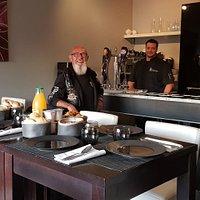 Moi et Florian le Patron le samedi matin avant le petit déjeuner