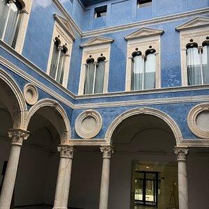 Reial Acadèmia de Belles Arts de Sant Carles
