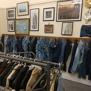 Super cool vintage jeans, jean jackets, leather jackets!!  Awesome shop Nifty Picks!