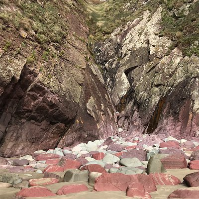 Amazing colours in the rocks
