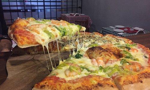 Pizzas Camarón al Ajillo