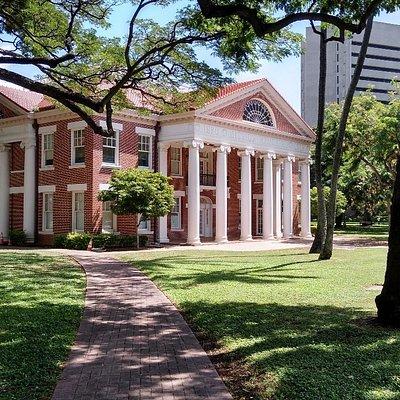 Mission Memorial Building