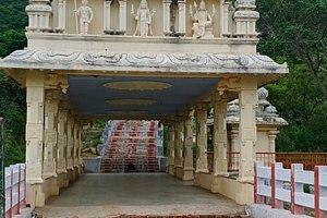 Anuvavi subramani - Temple