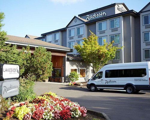 THE 10 CLOSEST Hotels to Holiday Inn Portland Airport (I-205) - Tripadvisor  - Find Hotels Near Holiday Inn Portland Airport (I-205)