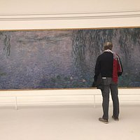A must see for the large canvasses of Monet.