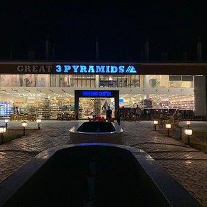 3 Pyramids Shopping Center