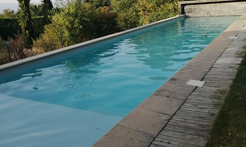 Côté piscine