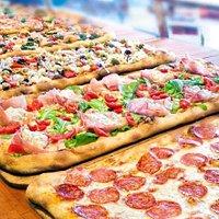 Pizza a base farina verna con 72h di lievitazione,  Pizza a base farina 00 con 48 h di lievitazione Tutte ad altissima digeribilità dovuta alla lunga lievitazione
