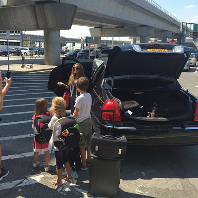 New York Limousine Service - Airport Transfers