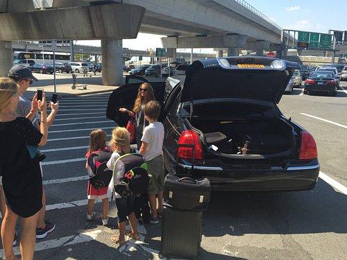 New York Limousine Service - Airport Transfers