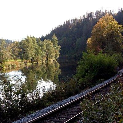 Ilztalbahn train line beside Ilz river