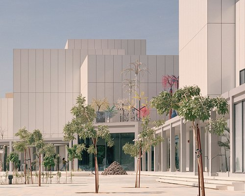 The main entrance from the Jaddaf Waterfront Sculpture Park, Jameel Arts Centre. Photo by Rory Gardiner