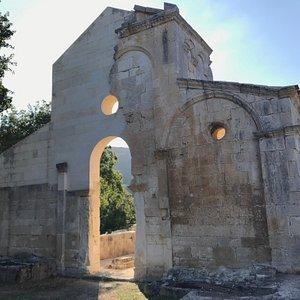 chiesa, in stato di rudere, situata nel territorio del comune di Sedini, in provincia di Sassari