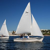 hourly sailing rentals available