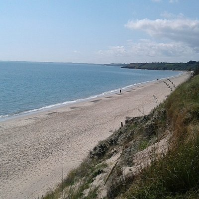 View along Kilgorman Strand in the direction of Courtown