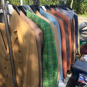 really cheap 2nd hand clothes
