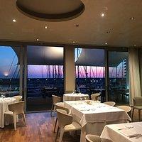 the Volvèr restaurant, insideout  i