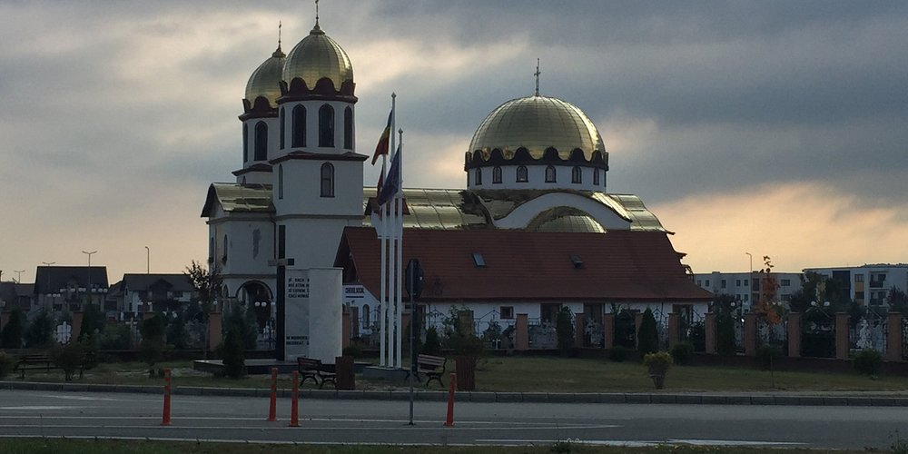 getting closer to the Orthodox Church of Ghimbav