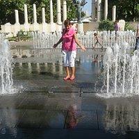 Будапешт. Интерактивный фонтан на площади Свободы.