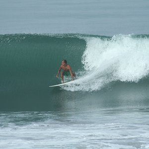 Fernando surfing barrels in Playa Hermosa