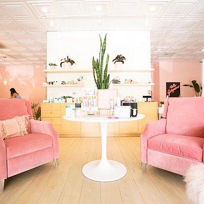 BellaBar Organic Spa and Boutique