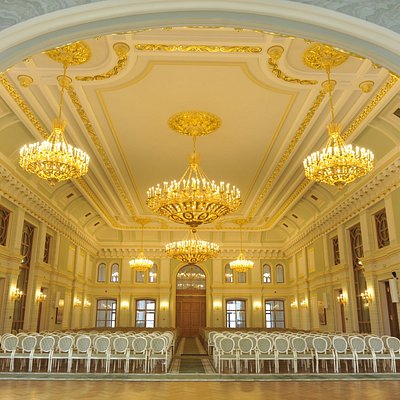 Вид на Соборную палату со стороны Князь-Владимирского храма