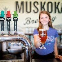 Beer enthusiast behind the bar that know their craft.