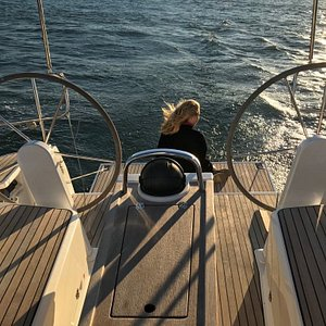 Onboard our 4Sailing vessel - 38' - 12m